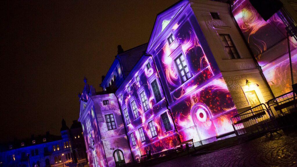 Fasadshow och projektionsmappning på hus